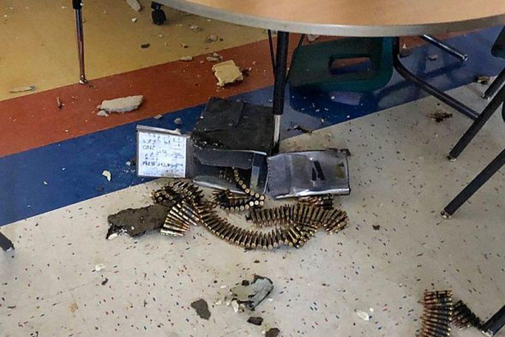 ящик с боеприпасами пробил крышу